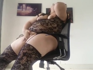 Giving me love bbw solo female straight video