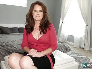 Flat Abs and Curvy Hips brunette hardcore milf video