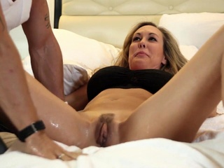 Brandi Love - Squirt big tits close-up female orgasm video