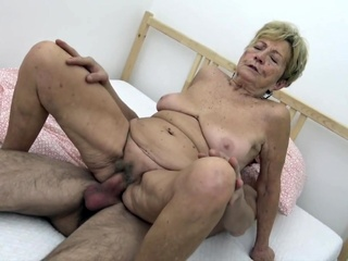 Young guy fucks granny big ass granny hairy video