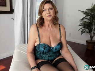 Brenda solo big tits blonde hd video