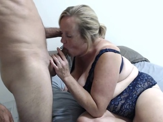 A Mature Bbw Dressed In Blue Lingerie Uses Dildo On Couch amateur bbw big tits video