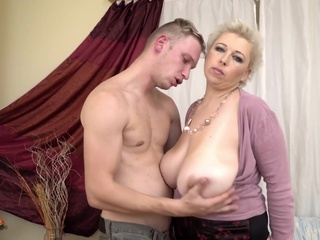 Mature women love young cocks big tits blonde hd video